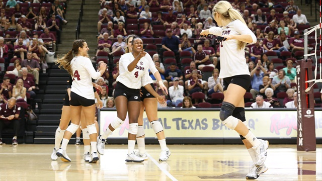 Aggie Volleyball Outclasses Ole Miss in 3-0 Sweep